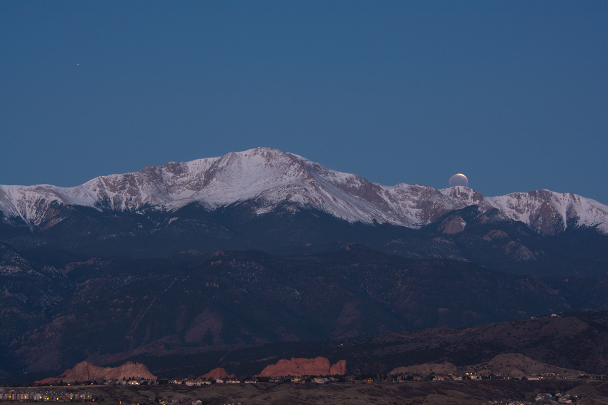 2015 Eclipse setting behind Pikes Peak