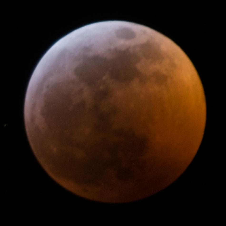Super Blood Wolf Moon Eclipse - Jan 2019